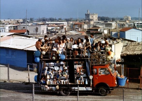 Ettore-Scola-Brutti-sporchi-e-cattivi-1976-_2
